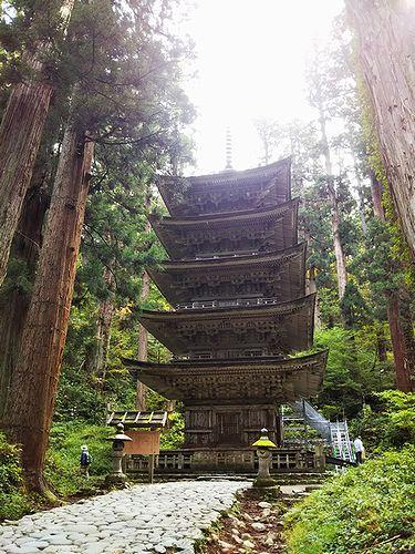 20181023山形県鶴岡市、出羽三山神社・五重塔 (9)