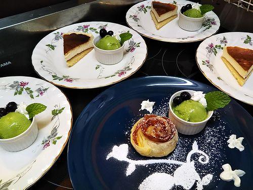20181027草津温泉カフェ花栞(はなしおり)チーズケーキ、アップルパイ2