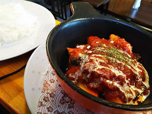 20181103草津温泉カフェ花栞(はなしおり)トマトソース煮込みハンバーグ