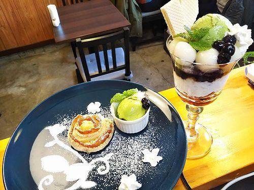 20181104草津温泉カフェ花栞(はなしおり)アップルパイ、白玉抹茶パフェ