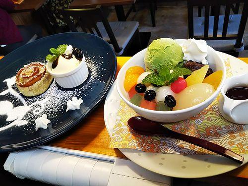 20181112草津温泉カフェ花栞(はなしおり)アップルパイ、白玉クリームあんみつ2