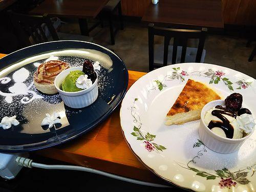 20190114草津温泉カフェ花栞(はなしおり)アップルパイ、チーズケーキ2