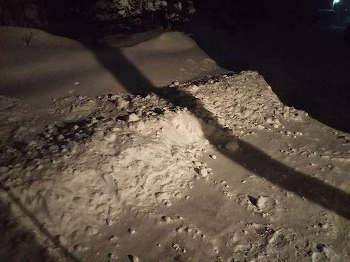 20190127草津温泉カフェ花栞(はなしおり)深夜の雪かき1