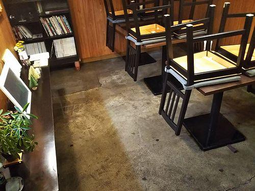 20190205草津温泉カフェ花栞(はなしおり)大掃除2