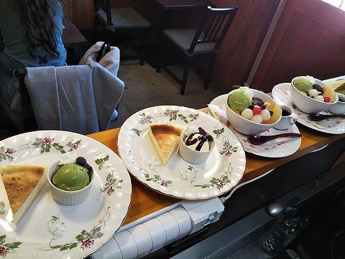 20190319草津温泉カフェ花栞(はなしおり)チーズケーキ、白玉クリームあんみつ