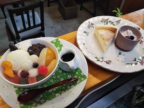 20190420草津温泉カフェ花栞(はなしおり)白玉クリームあんみつ、チーズケーキ