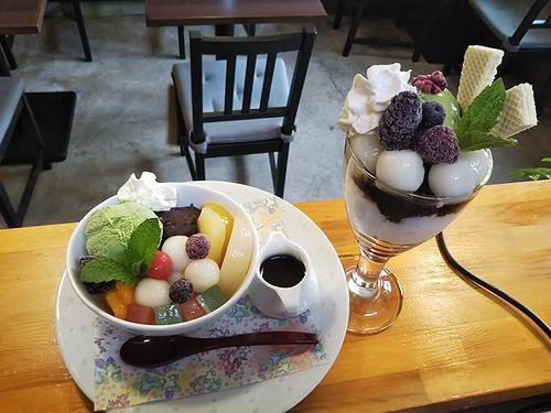 20190606草津温泉カフェ花栞(はなしおり)白玉クリームあんみつ、白玉抹茶パフェ