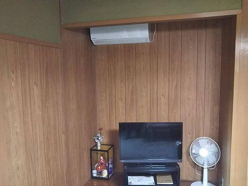 20190627草津温泉カフェ・民泊花栞(はなしおり)エアコン設置 (1)