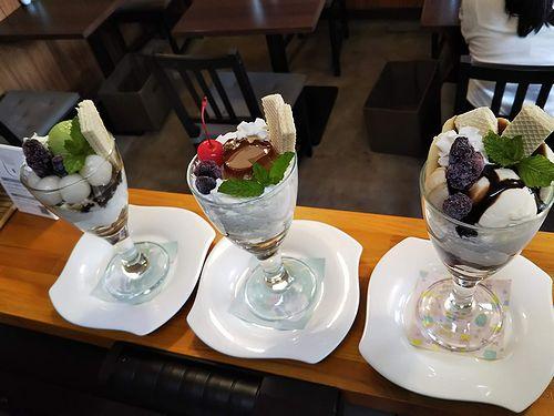 20190826草津温泉カフェ花栞(はなしおり)白玉抹茶パフェ、ハートプリンパフェ、チョコバナナパフェ (1)