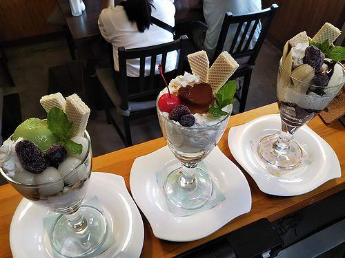 20190826草津温泉カフェ花栞(はなしおり)白玉抹茶パフェ、ハートプリンパフェ、チョコバナナパフェ (2)