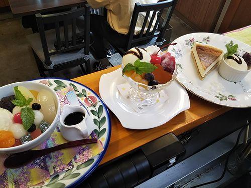 20190905草津温泉カフェ花栞(はなしおり)白玉クリームあんみつ、ハートプリンアラモード、チーズケーキ (2)