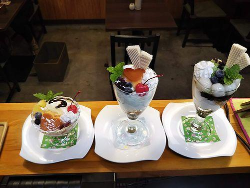 20190914草津温泉カフェ花栞(はなしおり)ハートプリンアラモード、ハートプリンパフェ、白玉抹茶パフェ