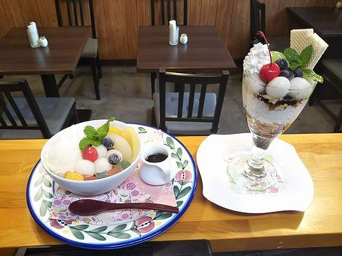 20191028草津温泉カフェ花栞(はなしおり)白玉抹茶パフェ、白玉クリームあんみつ、