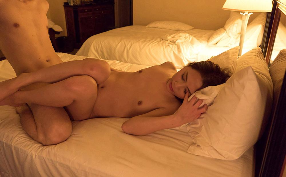 全裸セックス 画像 4