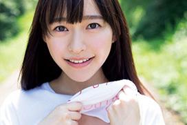 長澤茉里奈も尊いと興奮させる美少女・高崎かなみがグラビアデビューで自らおっぱい見せびらかすww