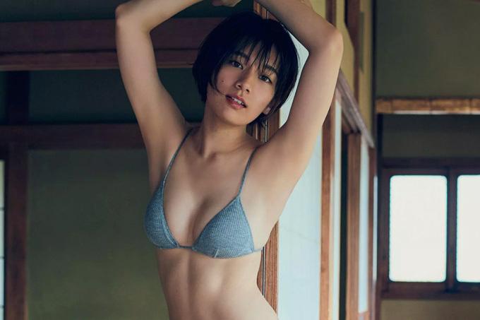 佐藤美希 くびれ女王がしっとりと魅せる…。