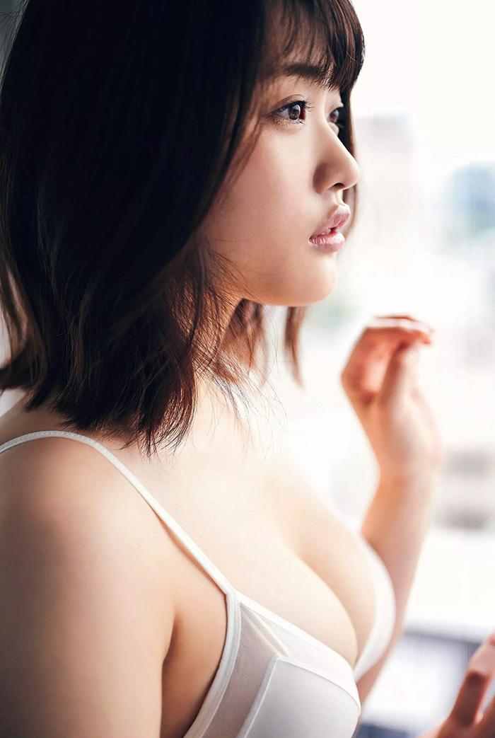 石田桃香 画像 25