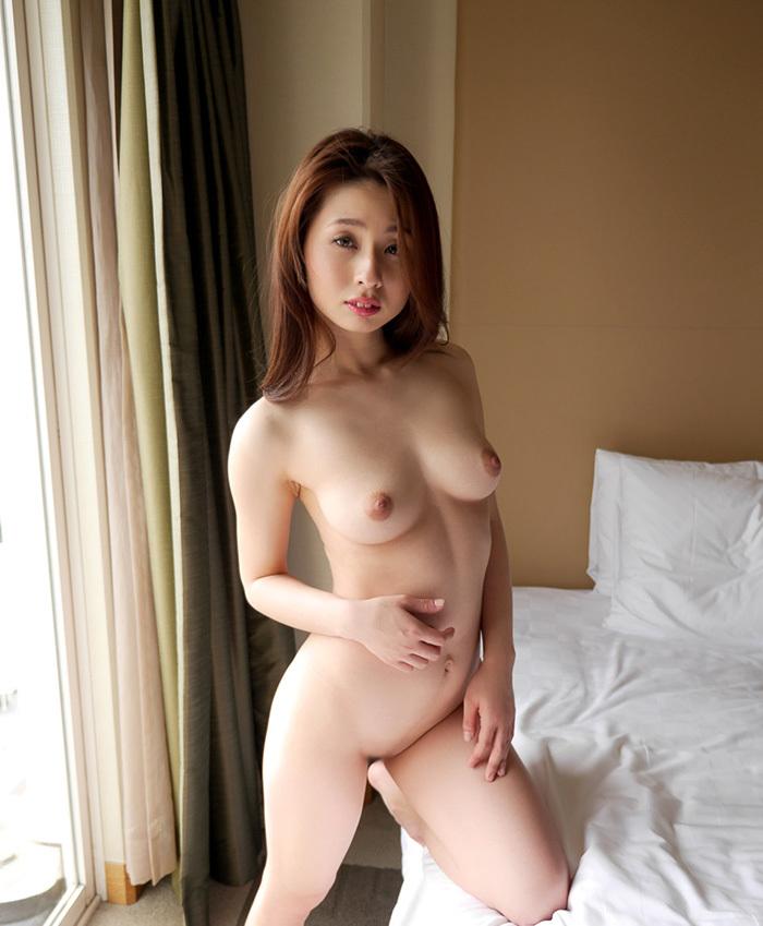 オールヌード 全裸 画像 22