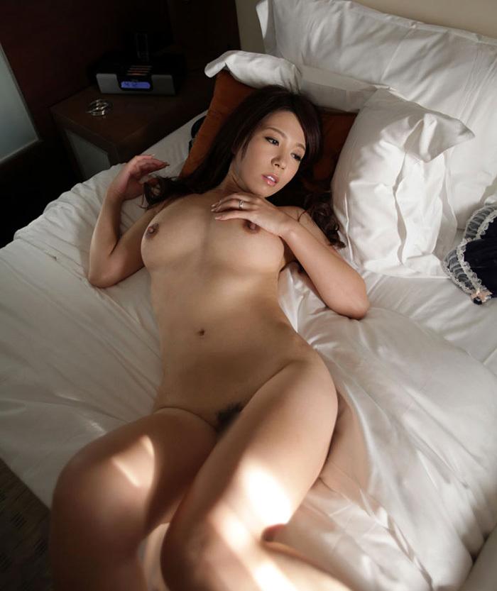 オールヌード 全裸 画像 96