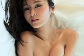 元CanCam専属モデル 東野佑美の大胆セミヌード
