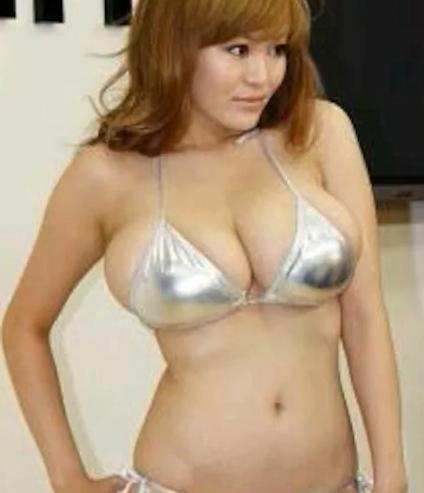 松金さん銀色ブラ