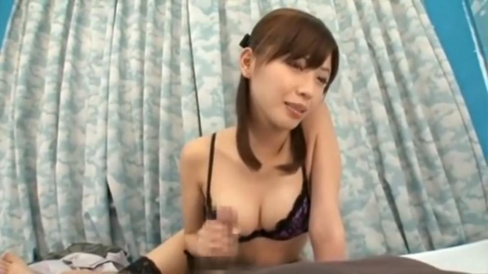 横山美雪 マジックミラー号 素人童貞 手コキ 騎乗位 筆おろし 痴女 FANZA
