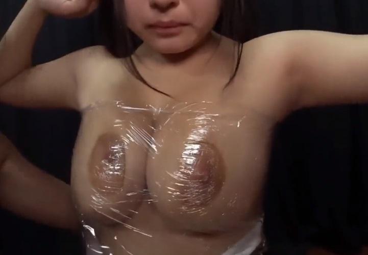 マゾ乳ラップ巻き