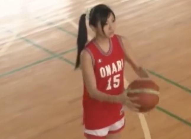 バスケ部の女子