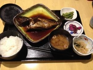 魚静煮魚定食20181109