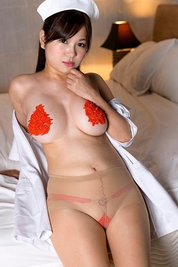 爆乳Hカップお姉さんドアップでニプレスで迫ってくるおっぱいエロ画像 松川悠菜