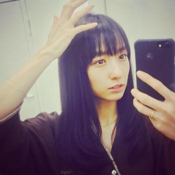永夏子 美人すぎる小池徹平の恋人はプックリしたエロい乳輪おっぱい画像