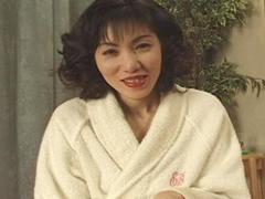 【無修正】セレブ奥様のはしたないアソコ 細川玲子