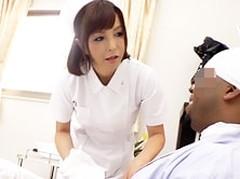 ダイスキ!人妻熟女動画 :五十路の熟女ナースが黒人患者のデカマラの虜になってしまう 及川里香子