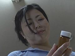 熟女ストレート:寺島志保 義母に媚薬を盛られ、身体を密着するなどの自然な誘惑に負けた婿の禁断性交