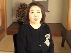 ダイスキ!人妻熟女動画 : 規格外ぽっちゃりボディの高齢熟女がダミ声でよがりまくってて激ヤバw 鈴木みち子