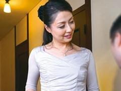 ダイスキ!人妻熟女動画 : 「おばさんが彼女になってあげようか?」友人の母が勝負下着で誘惑してきた! 咲良しほ