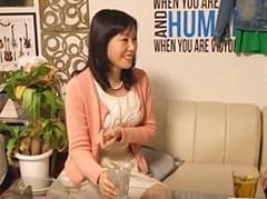 ダイスキ!人妻熟女動画 : 【熟女ナンパ】55歳の派遣事務の人妻OLが若者の自宅で寝取られる!