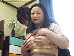 ダイスキ!人妻熟女動画 : アパートの管理人のおばちゃんはシモの世話もしてくれるのか検証してみた