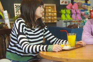 【エロ画像】安斉かれんが『M 愛すべき人がいて』浜崎あゆみ役でパンチラww