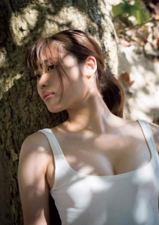 石田桃香の画像034