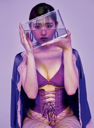 石田桃香の画像056