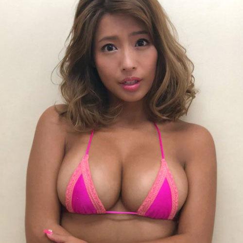 橋本梨菜 日本一黒いグラビアアイドルのおっぱいパッツンパッツン!