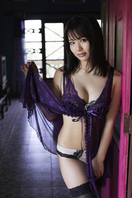 平嶋夏海ちゃんのFカップのムッチムチおっぱい65