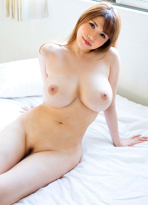 【エロ画像】綺麗なお姉さんの綺麗なおっぱい Vol.34