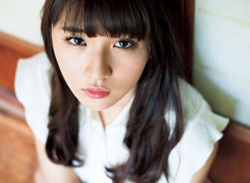 浅川梨奈の1000年に一度の童顔巨乳おっぱい80