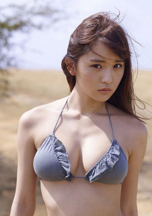 浅川梨奈の1000年に一度の童顔巨乳おっぱい181