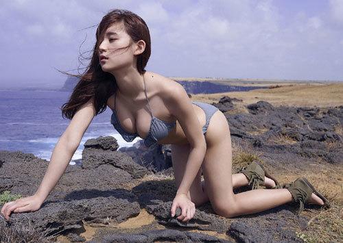 浅川梨奈の1000年に一度の童顔巨乳おっぱい183