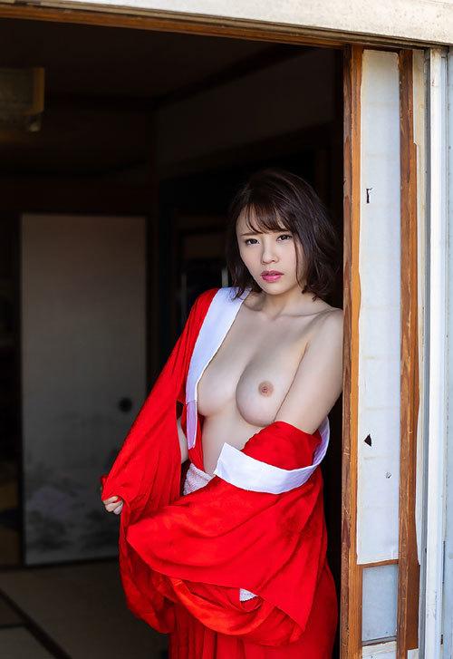 伊藤舞雪Fカップ美巨乳おっぱい82