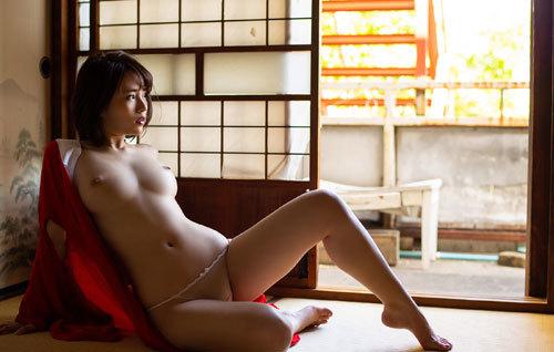 伊藤舞雪Fカップ美巨乳おっぱい94