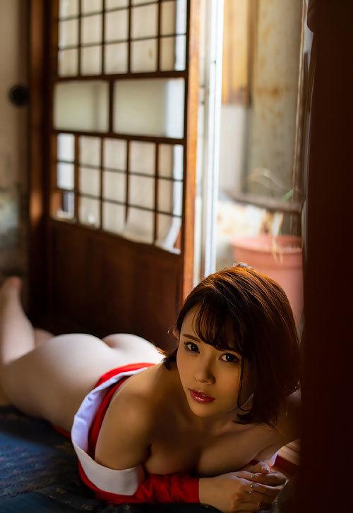 伊藤舞雪Fカップ美巨乳おっぱい102